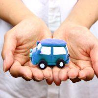 じゃあ軽自動車に乗り換えたらいくら維持費安くなるの?